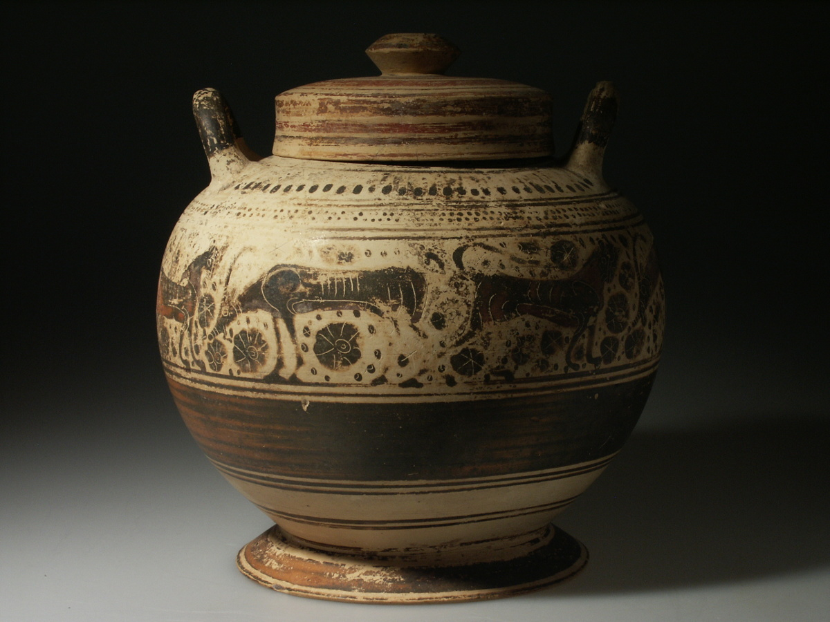 Alexander ancient art a corinthian lidded pyxis greece it is commonly called a pyxis a usually round container for cosmetics ointments or trinkets plural pyxides however the term pyxis is reviewsmspy